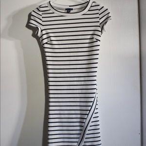 UK2LA Dresses - UK2LA B/W Striped Dress